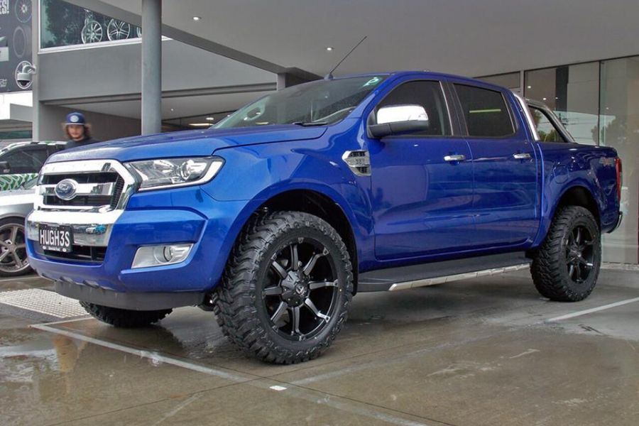 Ford Ranger Wheels : Ford ranger with fuel coupler