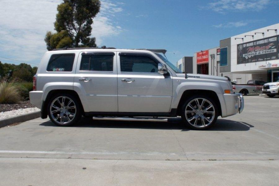 Jeep Patriot With Srt 13 20 Inch