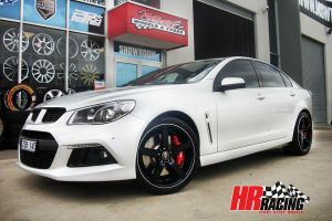 HR561 BLACK  |  | HOLDEN