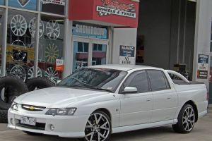 HOLDEN GENIUNE VE GTS WHEELS  |  | HOLDEN