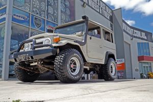 FJ LANDCRUSIER fitted with BFG MUD TYRES  |  | TOYOTA