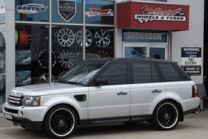 RANGE ROVER with MADINA SP2 |  | RANGE ROVER