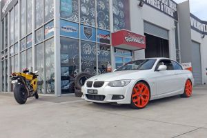 BMW WITH CUSTOM G8 WHEELS  | BMW