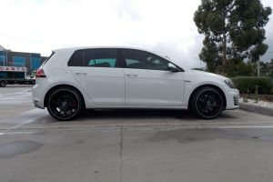 VW GOLF with HR-762 |  | VOLKSWAGEN