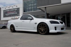 HOLDEN VE COMMODORE UTE with HR-762 |  | HOLDEN