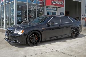 CHRYSLER 300C BLACK  | CHRYSLER