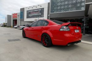 HOLDEN VE COMMODORE with SPEEDY TRACK |  | HOLDEN