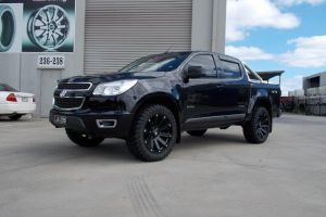 HOLDEN COLORADO with BLADE SERIES III |  | HOLDEN