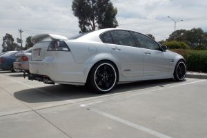 HOLDEN VE COMMODORE with LENSO D1R BLACK  |  | HOLDEN
