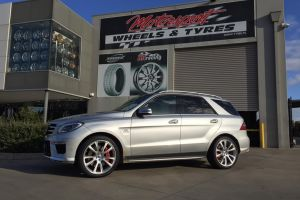 MERCEDES ML with 22 inch CONVEX WHEELS |  | MERCEDES