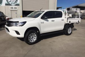 TOYOTA HILUX with BLADE SERIES III 17X9 wheels - HYPER SILVER |  | TOYOTA