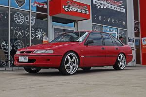 HOLDEN COMMODORE VR WITH R1 WHEELS  | HOLDEN