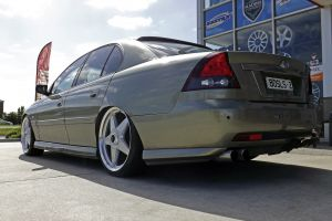 HOLDEN COMMODORE WITH STAR WHEELS  | HOLDEN