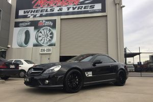MERCEDES with 20 inch staggered ZITO ZF01 BRUSHED FACE FORGED |  | MERCEDES