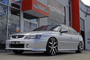 HOLDEN COMMODORE WITH G8S | HOLDEN