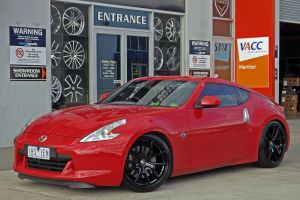 NISSAN 370Z WITH HR 762 WHEELS  |  | NISSAN