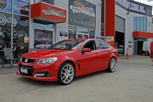 HOLDEN COMMODORE WITH HR 762 WHEELS IN SILVER  |  | HOLDEN