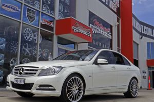 MERCEDES C-CLASS WITH M-03 WHEELS  |  | MERCEDES