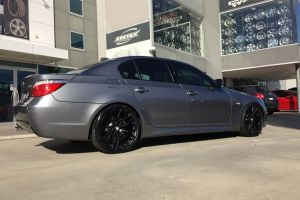 BEYERN ANTLER 20 INCH STAGGERED - BMW 5 SERIES E60 |  | BMW