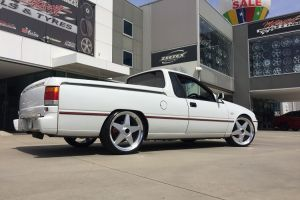 STAR WHEELS 20 inch - HOLDEN VS UTE | HOLDEN