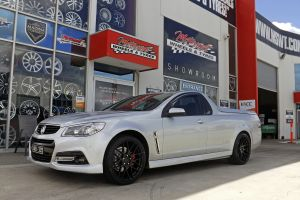 HOLDEN UTE WITH 1060 WHEELS  |  | HOLDEN