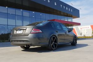 FORD FG WITH 20 INCH HR561 |  | FORD