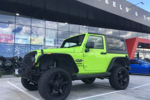JEEP WRANGLER WITH 20X9 KMC ROCKSTAR 2 WHEELS |  | JEEP