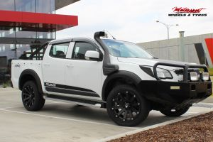 HOLDEN COLORADO WITH 20X9 BLADE SERIES III WHEELS |  | HOLDEN