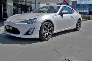 TOYOTA 86 with HR-556 |  | TOYOTA