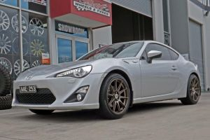 TOYOTA 86 with HR-555 |  | TOYOTA