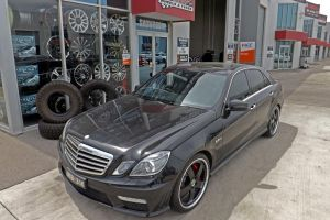 E63 AMG WITH MADINA WHEELS  | MERCEDES