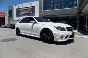 MERCEDES C63 with HR-758 |  | MERCEDES
