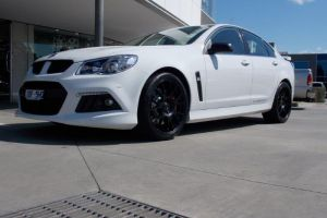VF CLUBSPORT WITH HR472 |  | HOLDEN