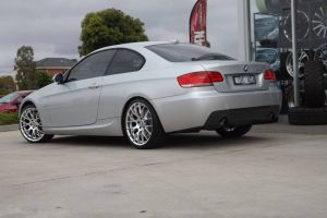 BMW 3 SERIES WITH MESH  |  | BMW