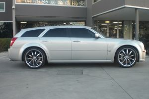 CHRYSLER 300C with LEXANI LSS10 |  | CHRYSLER