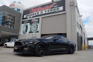 2016 FORD MUSTANG with KOYA SF06 20X9.5 & 20X10.5 |  | FORD