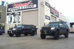 FORD RANGER & TOYOTA HILUX with 20X9 & 35