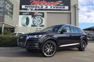 AUDI Q7 with 22 inch LEXANI R12 WHEELS |  | AUDI