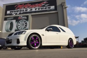 HOLDEN VE PANEL VAN fitted with CUSTOM PAINTED LENSO D1R'S |  | HOLDEN