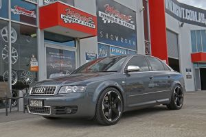 AUDI S4 WITH 19 INCH TTRS WHEELS  |  | AUDI