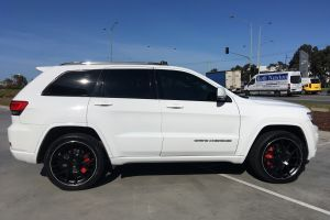 JEEP GRAND CHEROKEE WITH 22 INCH M-02 |  | JEEP