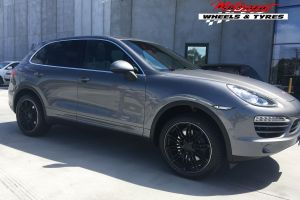 PORSCHE CAYENNE WITH 20X9 CAY11 WHEELS |  | PORSCHE