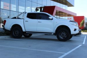 NISSAN NP300 WITH 20X9 KMC GRENADE WHEELS |  | NISSAN
