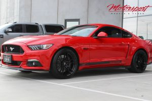 FORD MUSTANG WITH 20 INCH GLOSS BLACK P51 WHEELS |  | FORD