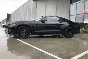 FORD MUSTANG WITH 20 INCH ZITO ZF15 WHEELS |  | FORD