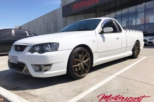 FORD FPV UTE WITH 20 INCH HR-RACING H762 WHEELS |  | FORD